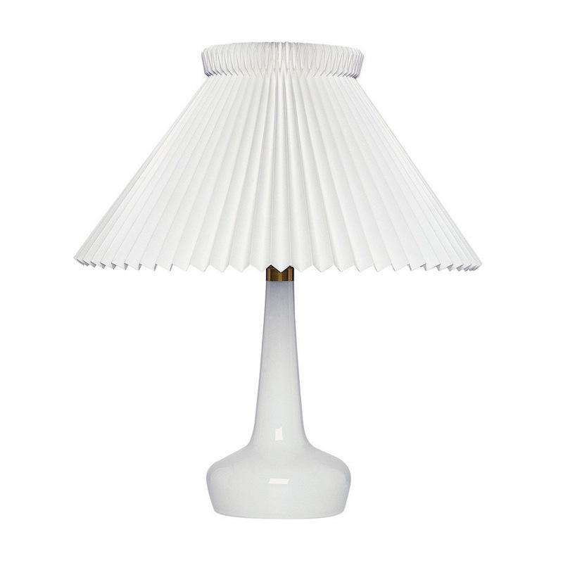 Le Klint 311 Bordslampa, Vit