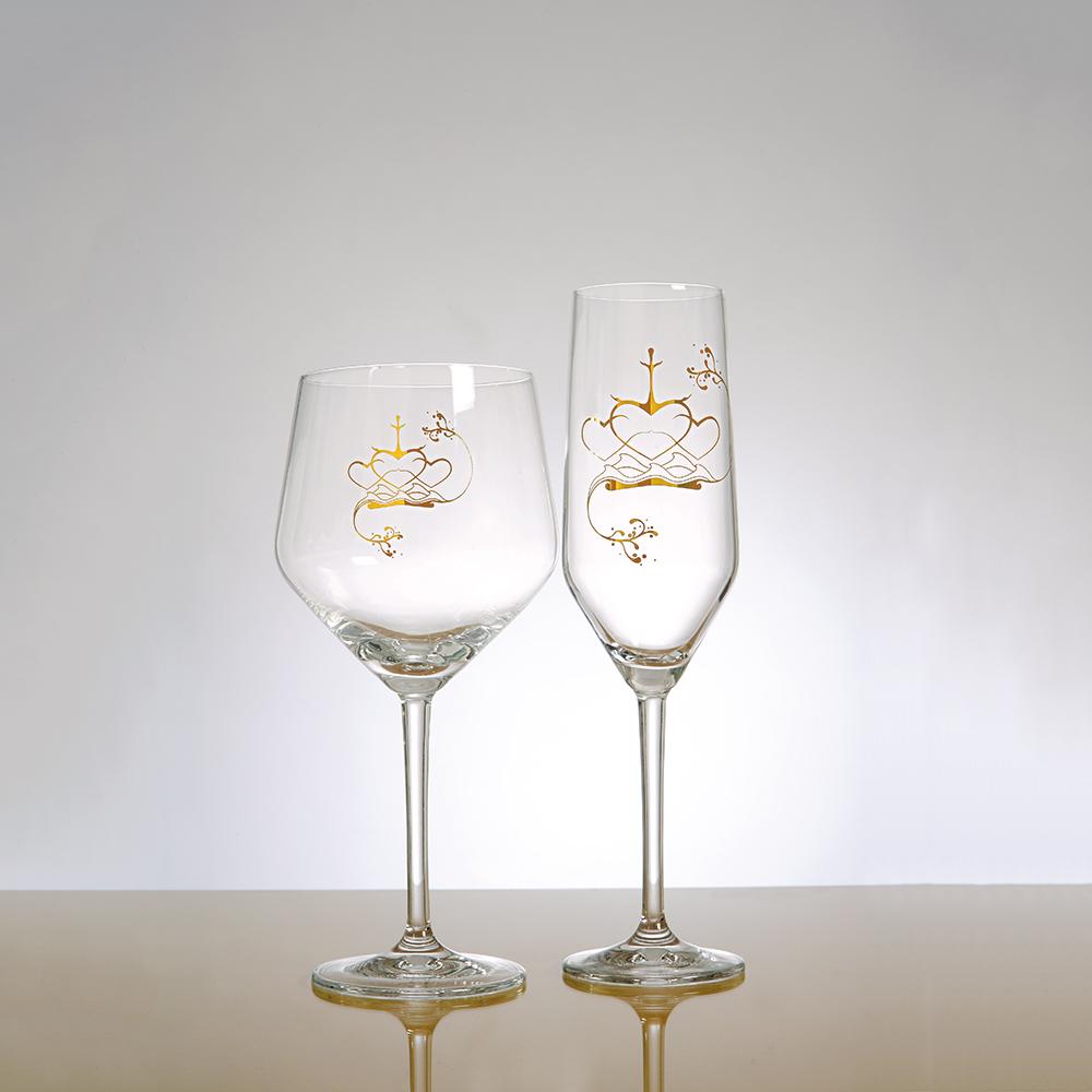 Kärleksgåvan Champagne/Vitvinsglas Hjärtan