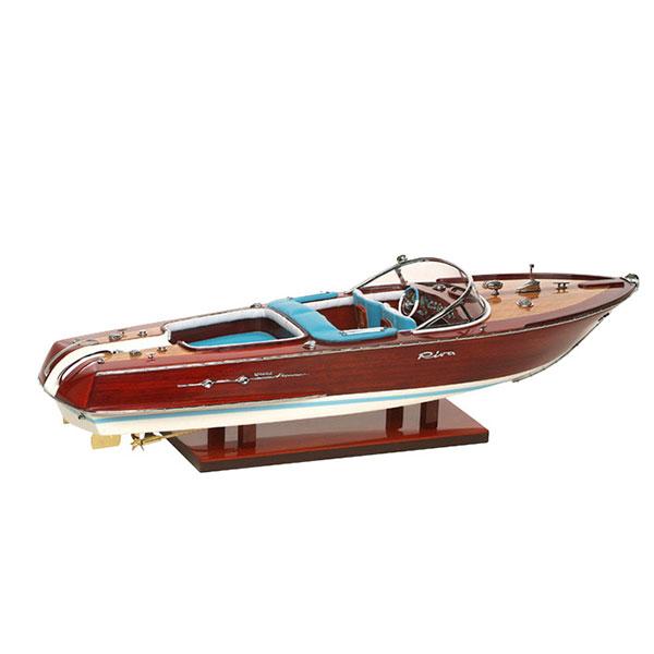 Newport Riva Båt