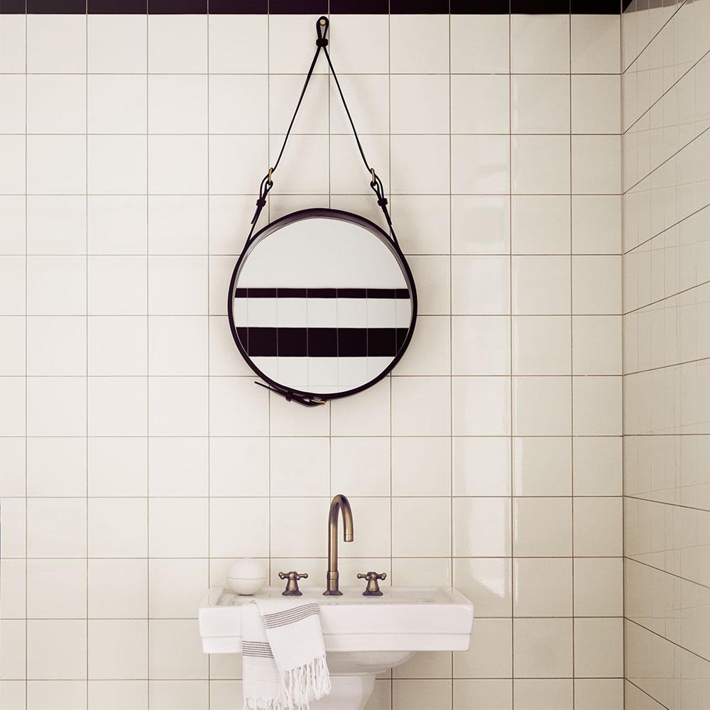 Adnet spegel rund 45cm, svart   jacques adnet   gubi   royaldesign.se