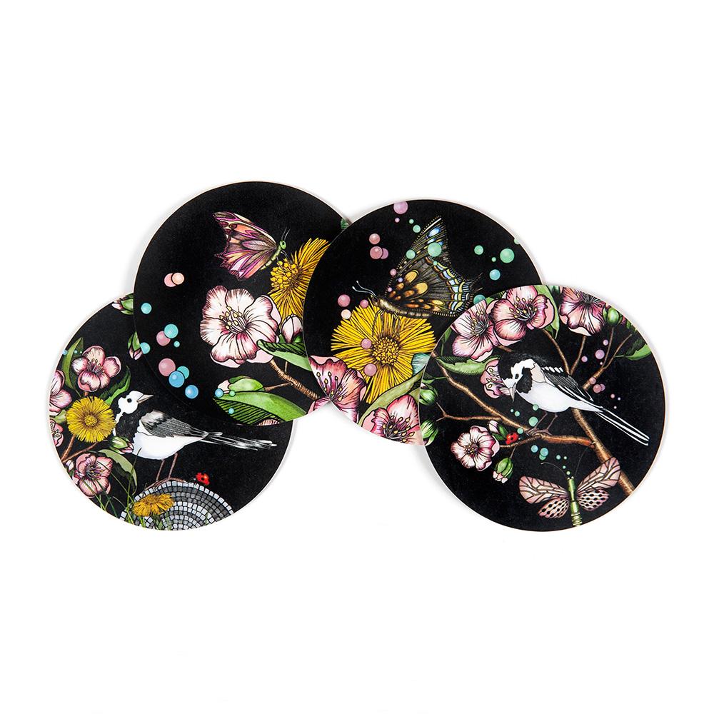 Wagtails Spring Glasunderlägg Ø9cm 4-pack, Svart, Nadja Wedin Design