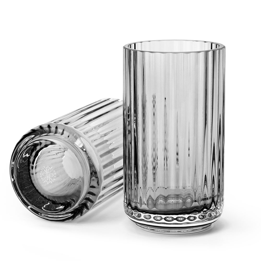 Lyngbyvasen Glas 12cm Rökgrå