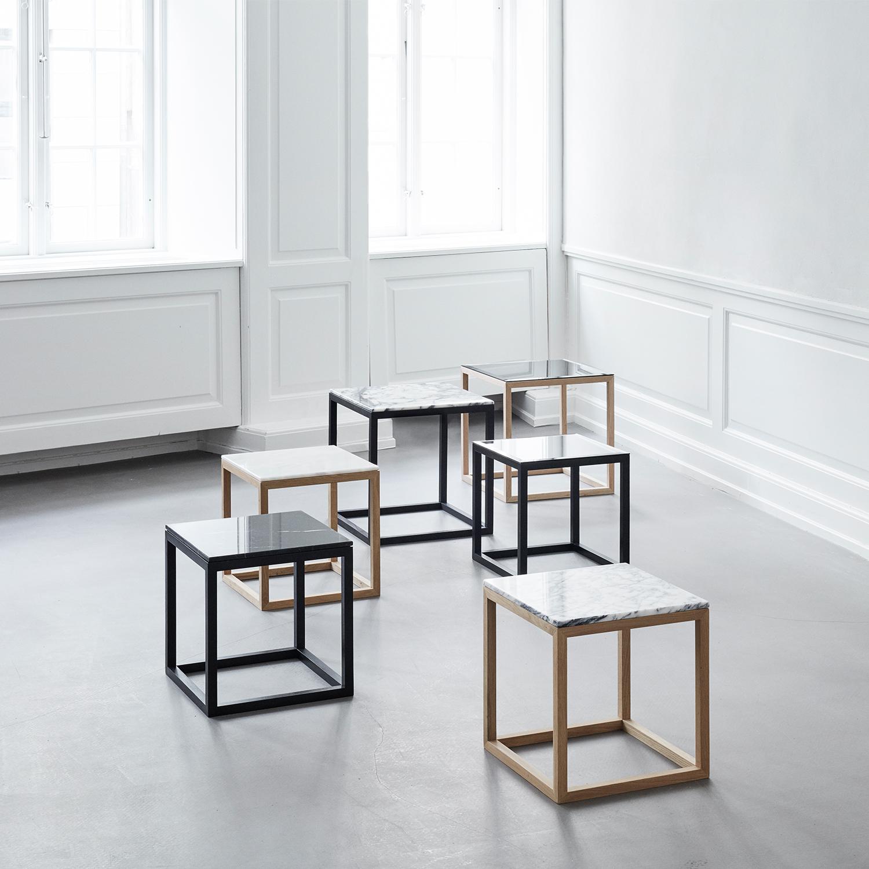 The Cube Sidobord M,  Vit Marmor/Svart, Kristina Dam